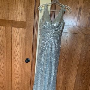 Dresses & Skirts - Silver sequin dress size 4